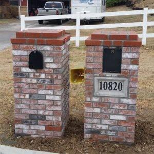 Brick with custom caps